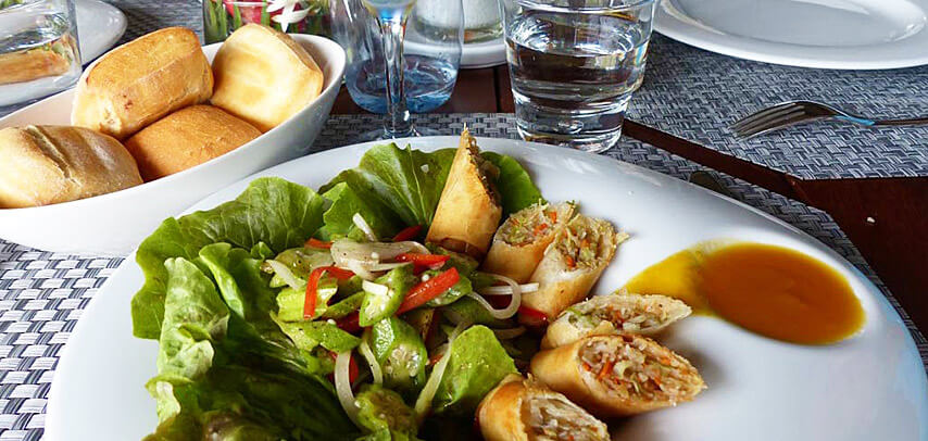 fine-dining-dinner-table-du-chateau-restaurant-6.jpg