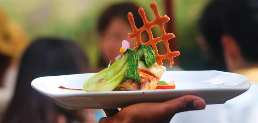 lunch-at-valle-de-couleurs-restaurant-4.jpg