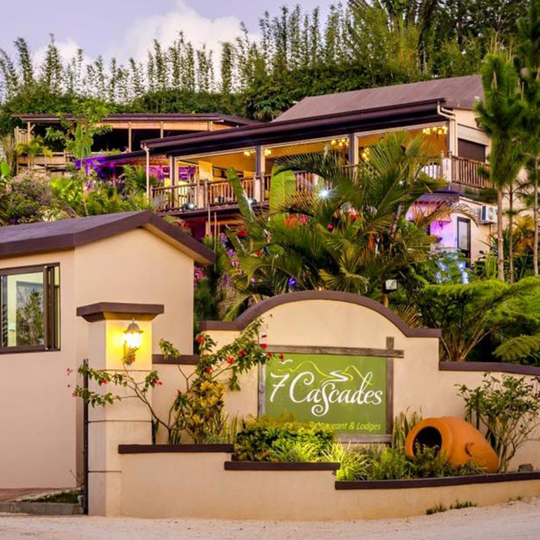 Flash Offer - Seafood Or Grilled Lunch At 7 Cascades Restaurant & Lodges