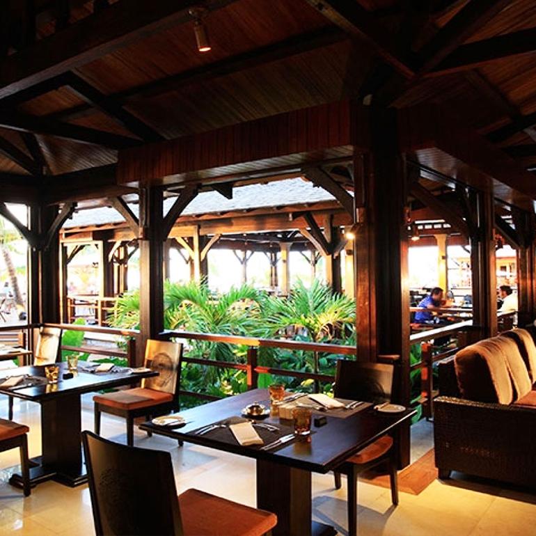 4-Course Thai Dinner At East Restaurant – Lux* Le Morne