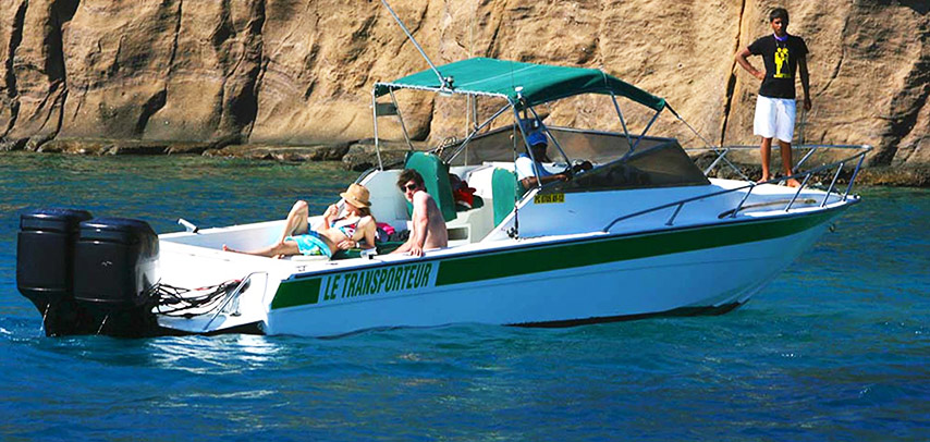 Private Speed Boat trip to Coin de Mire & Flat Island