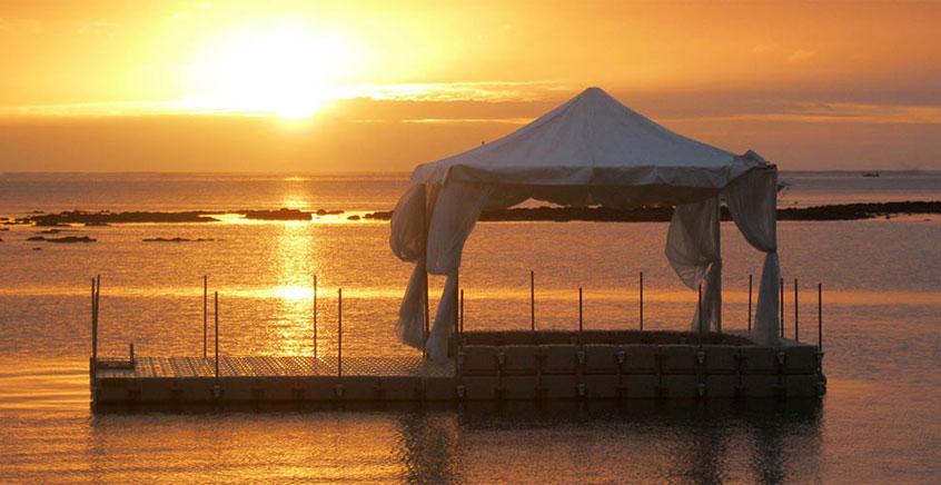 Private Sundowner Getaway On The Sea
