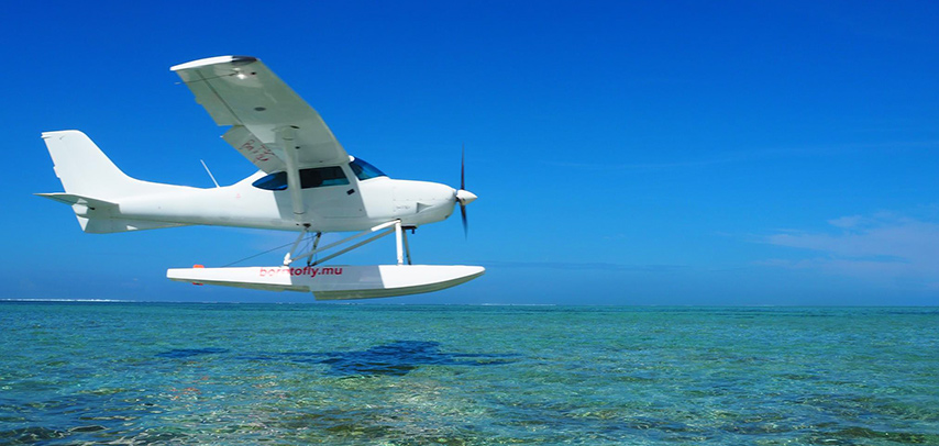 Amazing Seaplane Flight on the South West Coast – Le Morne