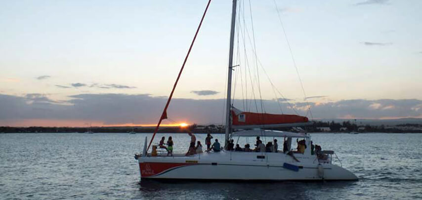 Private Catamaran Sunset Dinner Cruise