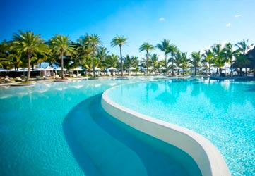 LUX* Belle Mare – Staycation Offers