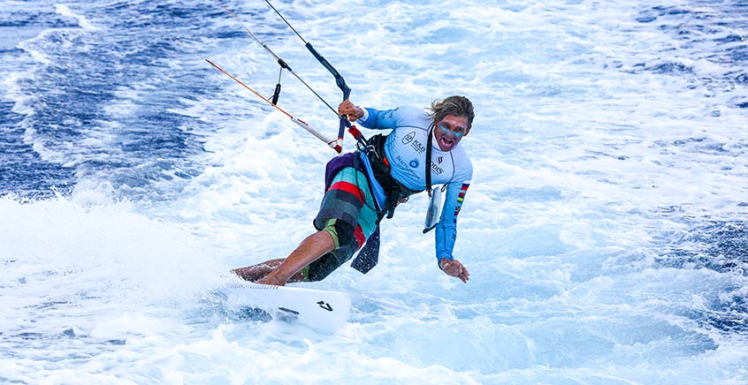 Private or Group Kitesurfing Lessons – Le Morne