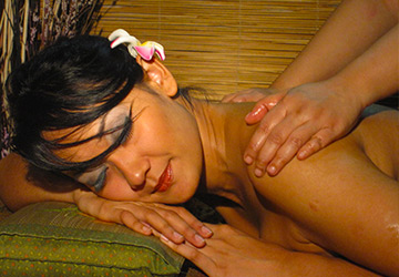 90-Min Romantic Couple Massage Package