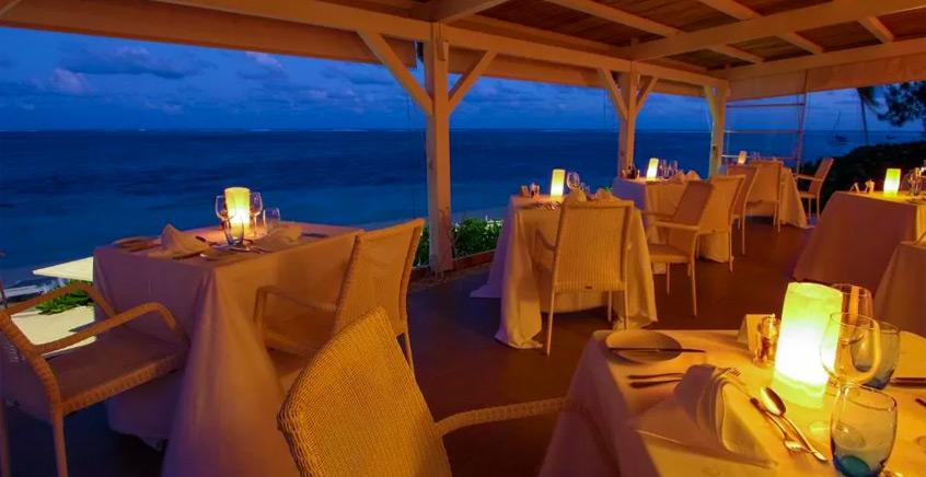 Dinner at Etoile de Mer Restaurant – Astroea Beach