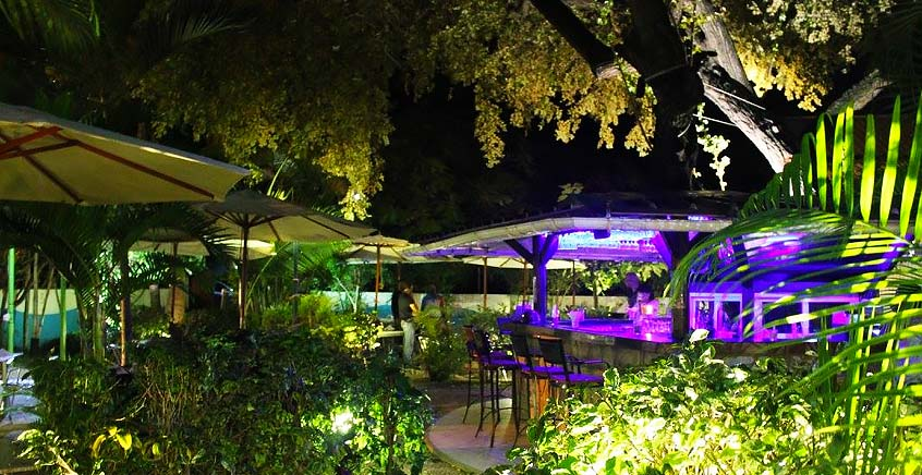 3-Course Couple Meal at Sunset Garden Restaurant