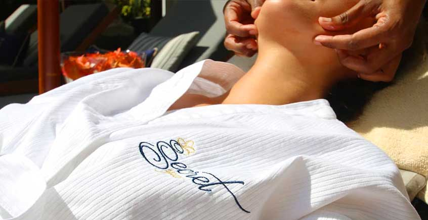 Stress Relief or Aromatherapy Massage at The Secret Spa (20 Degrés Sud)