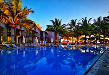 Maritim Crystals Beach Hotel – All Inclusive Day & Evening Package