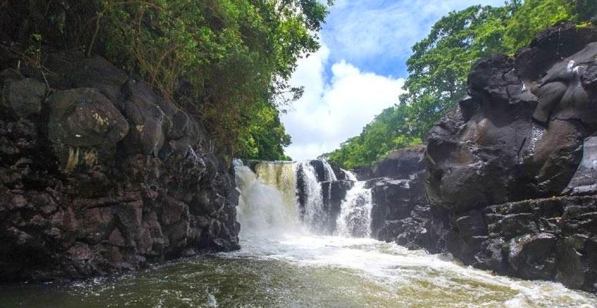 Budget Trip To Ile Aux Cerfs & GRSE Waterfalls